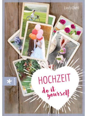 Urania Freiburg Hochzeit - do it yourself