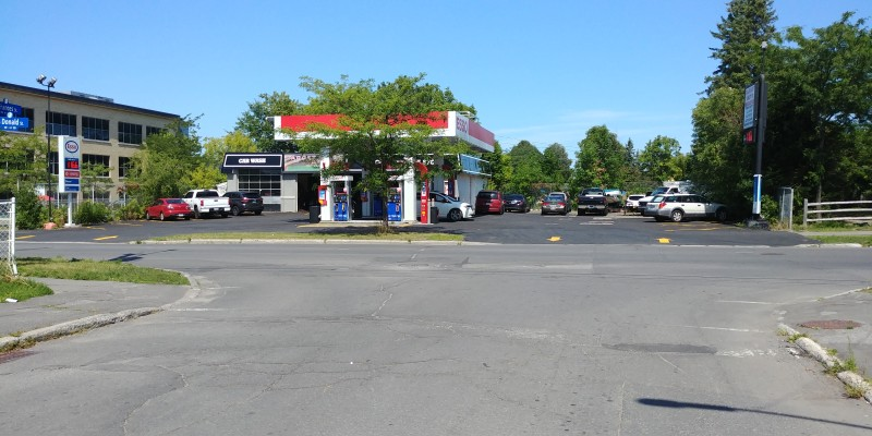 Gas Station with Automotive Repair Shop & C-Store