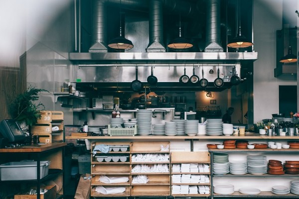 Large Commercial Kitchen with Liquor License