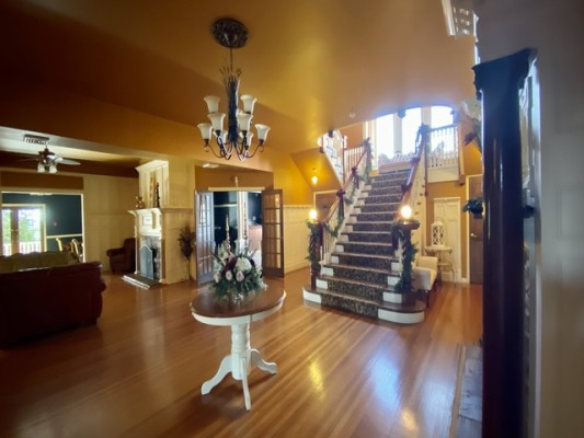 165-acre Country Mansion & Resort