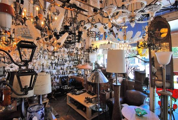 Retail Antiques Co. Upscale LA, Includes Huge Inv.