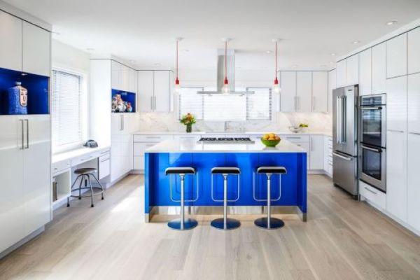 Stunning Kitchen & Bath Design Showroom and Remodeling