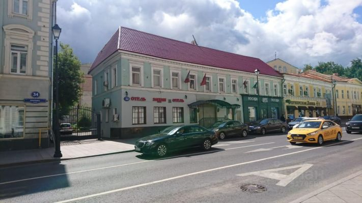 Hotel for Rent or Sale in the Center of Moscow