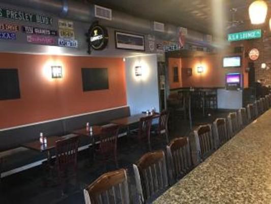 Full-Service Bar & Grill in Essex County NJ