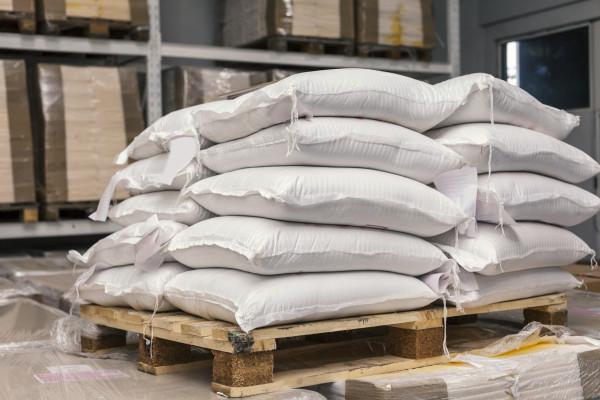 Dry Goods Wholesale Importer & Distributor