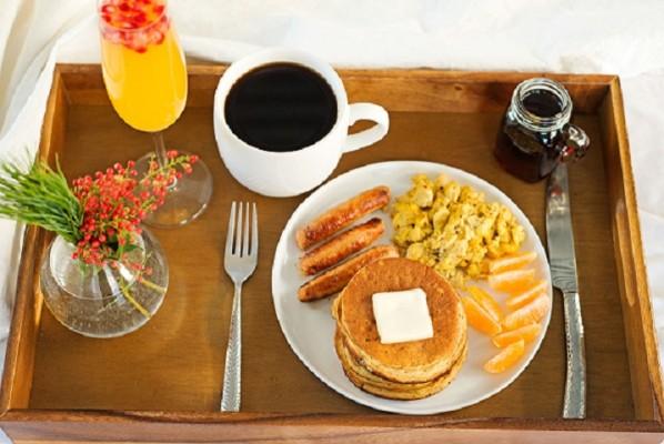 Breakfast Franchise Restaurant-Montreal