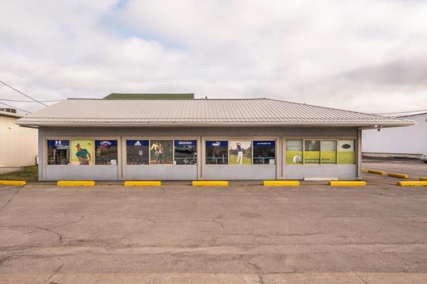 For Rent Commercial Building 3600 sqft