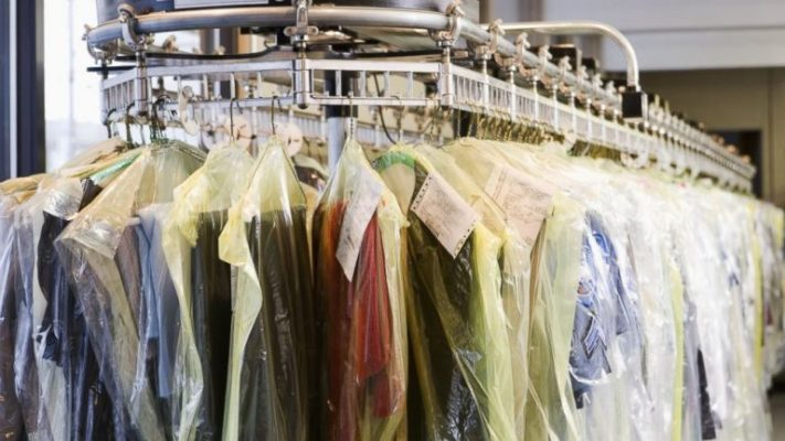 19 Year Dry Cleaners / Laundry Drop Store For Sale