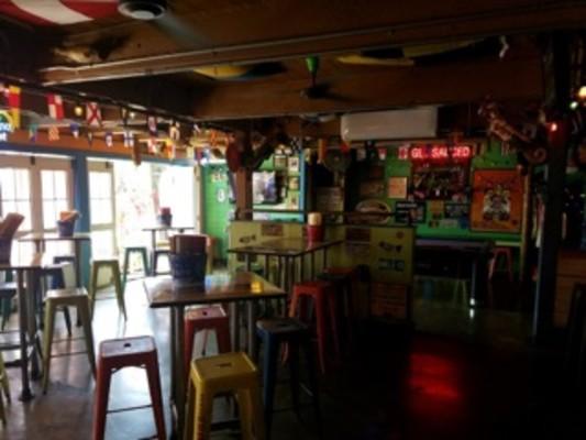 West Side Bar & Grill