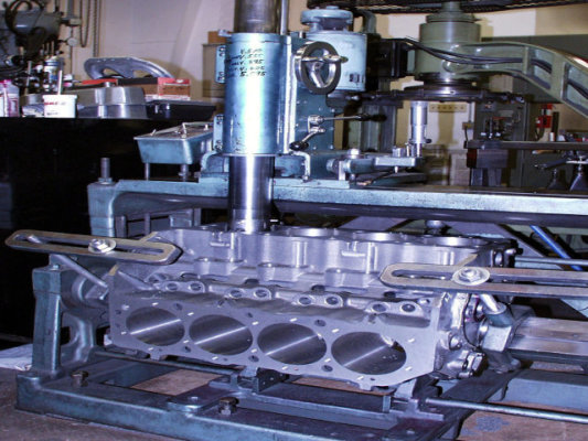 Machine Shop - Auto, Agricultural & Diesel Engines