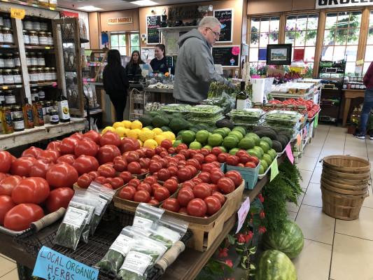 Popular Produce Market in High Traffic Location