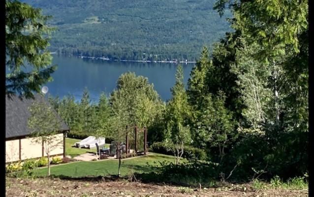 Ivy Road Lot, Eagle Bay BC
