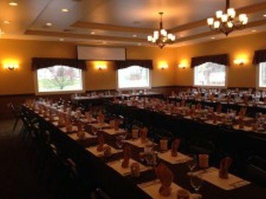 Long Time Popular Inn with Bar/Restaurant
