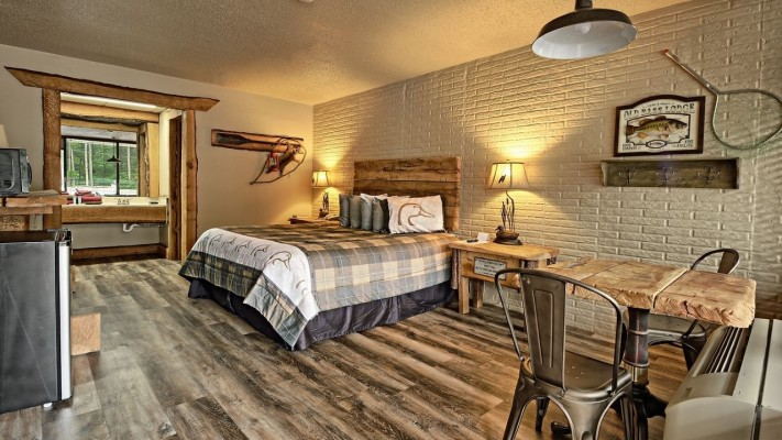 30-Room Premium Rustic Lodge Style Motel