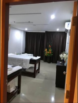 Luxury 6 Roomed Relaxing Massage Business