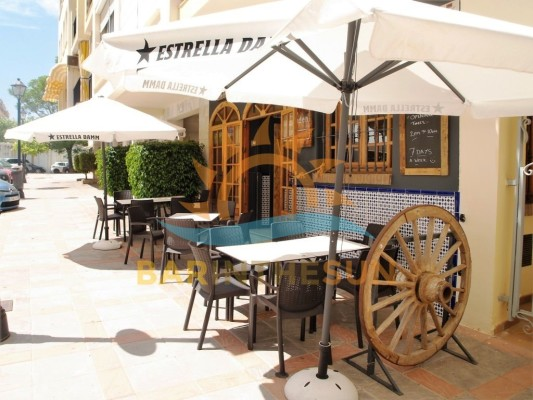 Cafe Bar for Sale Leasehold in Fuengirola