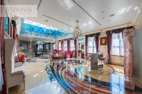 Luxurious, 3-level Penthouse Rent