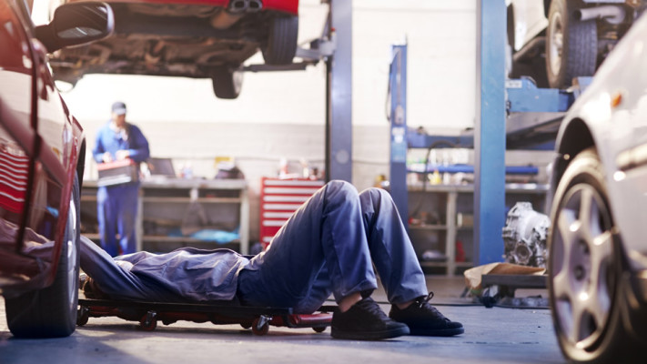 Auto Repair Facility w/Property on the North Shore