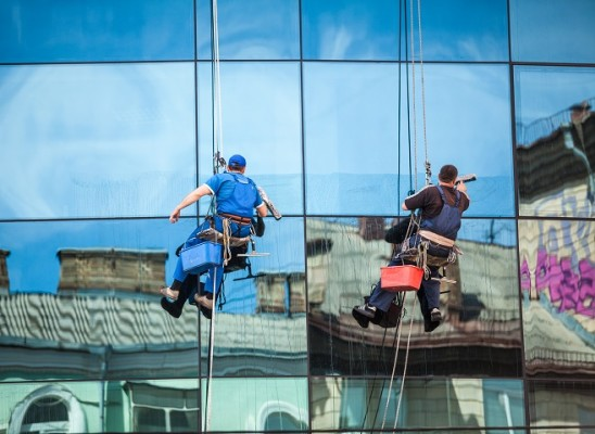 Commercial & Residential Window Cleaning
