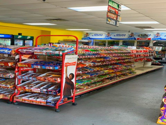 C-Store w/Property and Vacant Space in Birmingham