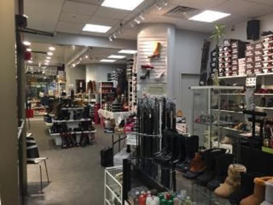 Shoe Store for Sale in Philadelphia County, PA