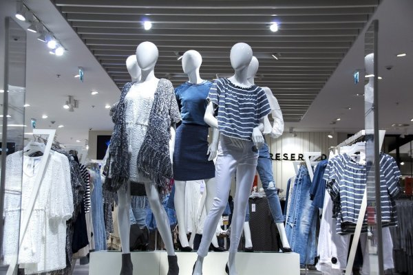 Boutique Women's Clothing Retailer Franchise