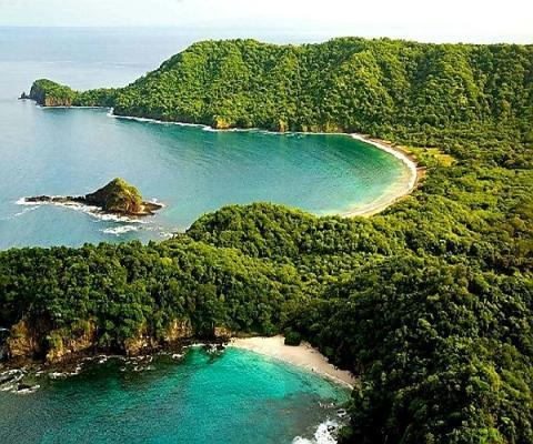 Costa Rica - Playa Zapotal Beachfront Property