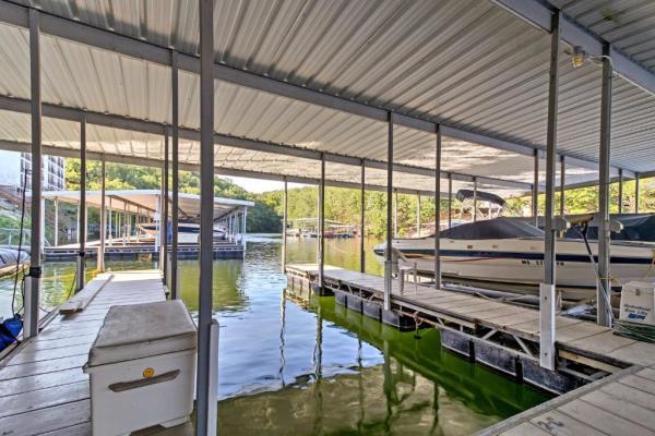 Boat Dock & Lift Design, Mfg, & Install