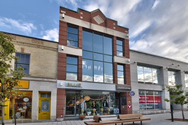 Magnificent 3,520 sqft Commercial Space on Laurier