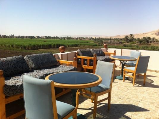 Hotel Close to the Colossi of Memnon, Luxor