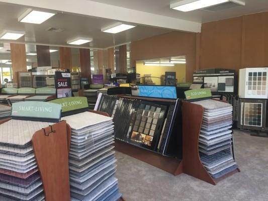 Profitable Flooring Store  35 hr/wk.  No Weekends