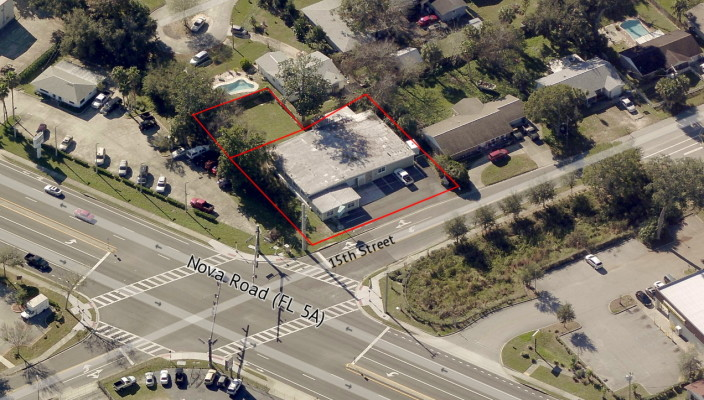 Highly Visible 5,964 SF Showroom/Office/Warehouse