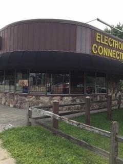 Warehouse & Retail Storefront Freestanding Bldg