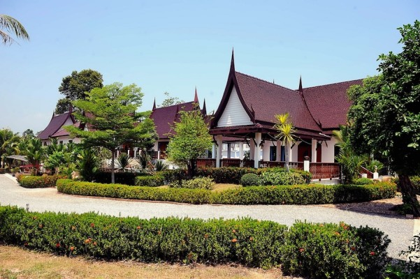Dream Resort / Hotel for Sale in Rayong Thailand