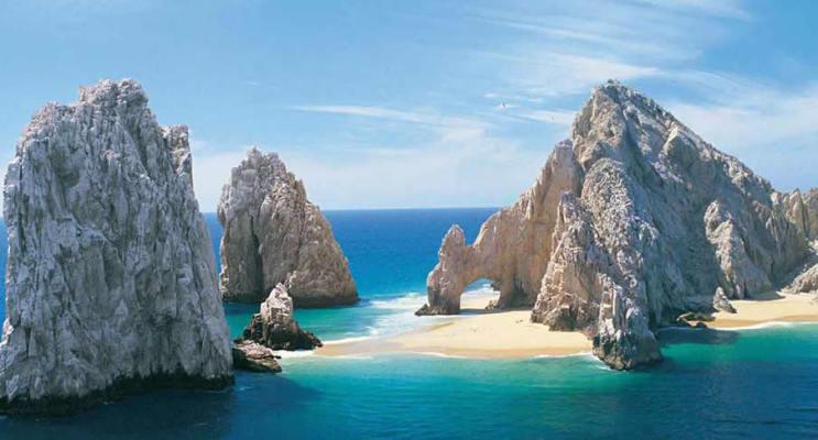 Luxury 5* All-Inclusive Resort in Los Cabos