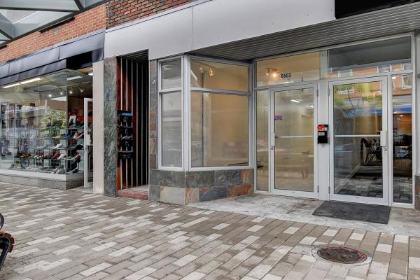 Commercial Condo for Sale Plaza St-Hubert