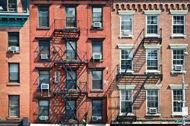 8 Apartments Building in NY + Store - 4M Ask