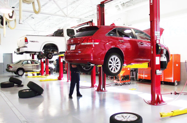 Auto & Tire Repair Business With Warehouse Option