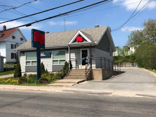 Very Nice Commercial Building for Sale