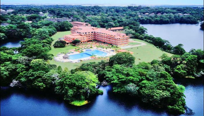 Sale - Hotel- Gatun Lake Colon, Panama