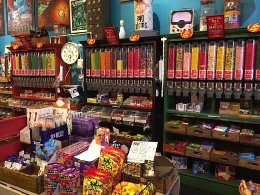 Old School Candy Store – Money Maker