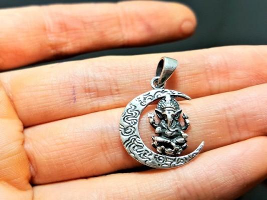 100% Dropship Niche Jewelry, Apparel & Accessories
