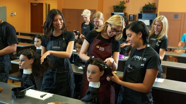Title IV Accredited Cosmetology, Esthetician