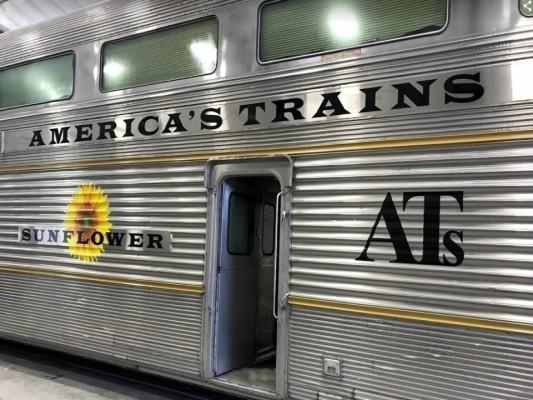 Dominant U.S. Luxury Vacation Train Operation