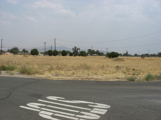 1.97 Acres M/L  Hwy 18 Apple Valley, CA