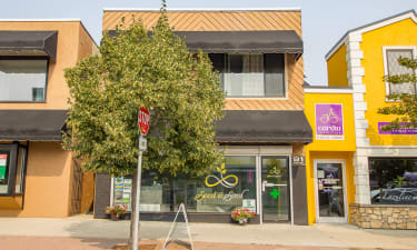 Salmon Arm Downtown Commercial/Residential Building