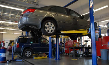 Well-Established Auto Repair Franchise for Sale