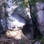 Intrarea in Canionul Sapte Scari din Masivul Piatra Mare