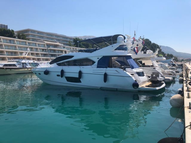 Sunseeker Manhattan 63 Summer Paradise