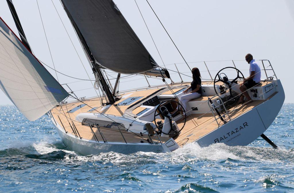 Sailing Yacht Solaris